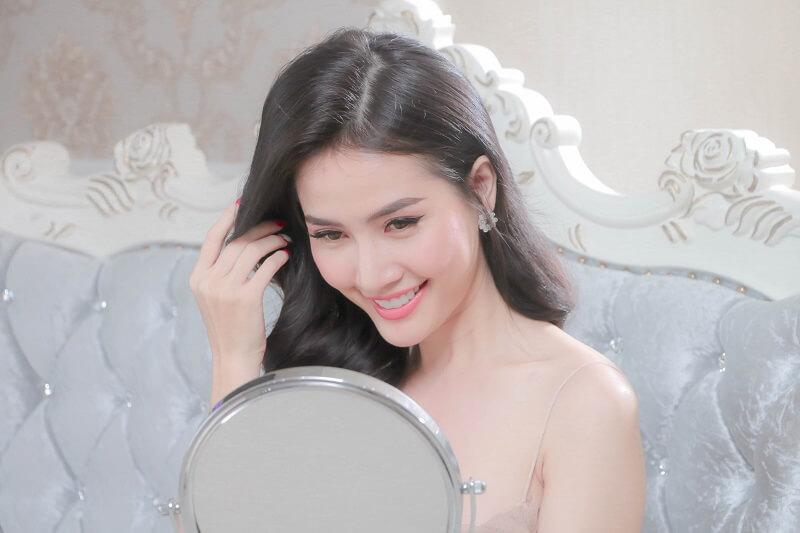 https://thammydiva.com.vn/wp-content/uploads/2020/06/khach-hang-trai-nghiem-dich-vu-cham-soc-da-chuyen-sau-tai-diva-1.jpg