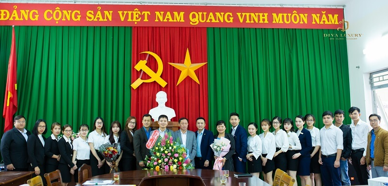 https://thammydiva.com.vn/wp-content/uploads/2020/11/cong-doan-co-so-tap-doan-diva-group-4.jpg